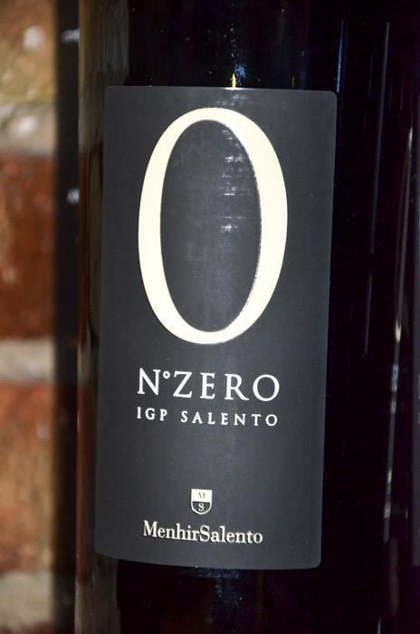 Un vino de altura de las bodegas Manhir Salento en nuestra bodega